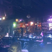 Photo taken at Ernie Biggs Dueling Piano Bar by Tashara E. on 2/7/2013