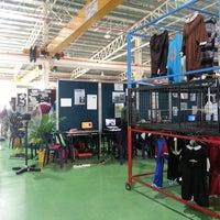 Photo taken at Fakulti Kejuruteraan Pembuatan UTeM by Meya A. on 3/13/2013