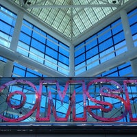 Photo taken at Oregon Museum of Science & Industry (OMSI) by David G. on 7/10/2013