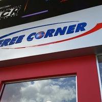 Photo taken at Free Corner by Rosilene P. on 6/6/2014