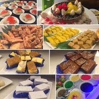 Photo taken at Dynasty Restaurant by Gzul Yusof on 6/10/2016