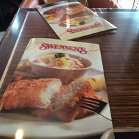 Photo taken at Swensens Cafe & Restaurant by Samuel S. on 4/1/2016