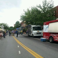 Photo taken at Franklin Square by Fernando P. on 5/10/2013