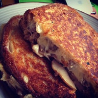 Photo taken at Morris Grilled Cheese Truck by Don on 5/22/2013
