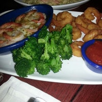 Photo taken at Red Lobster by MsTricey_ 1. on 1/11/2013