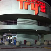 Photo taken at Fry's Electronics by Kelvin G. on 8/14/2011