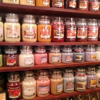 Photo taken at Cracker Barrel Old Country Store by Heather B. on 12/9/2011