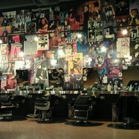Photo taken at Floyd's 99 Barbershop by Docc B. on 7/9/2011