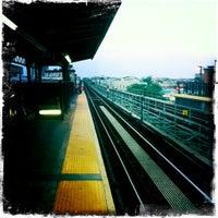 Photo taken at MTA Subway - M Train by Alexa H. on 8/16/2011