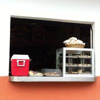 Photo taken at Yarita - Panadería y pastelería by Dean on 1/31/2012