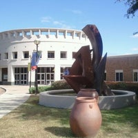 Photo taken at Orlando Museum of Art by Enrico P. on 11/27/2011