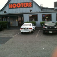 Photo taken at Hooters by Harvie B. on 7/31/2011