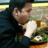 Photo taken at Bebek Goreng Kremes Monggo by anna j. on 9/17/2011