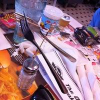 Photo taken at Steak 'n Shake by Ian S. on 1/14/2012