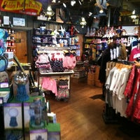 Photo taken at Cracker Barrel Old Country Store by Patrick P. on 3/4/2012