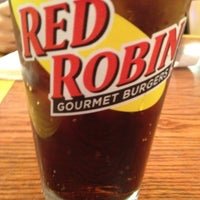 Photo taken at Red Robin Gourmet Burgers by Christopher L. on 6/30/2012
