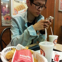 Photo taken at Popeyes by Tee-ah on 3/22/2013