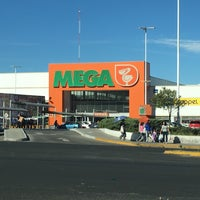 Photo taken at Comercial mexicana by Julián C. on 12/16/2015