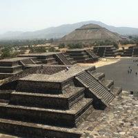 Photo taken at Zona Arqueológica de Teotihuacán by Evarista T. on 6/17/2013