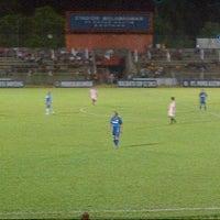 Photo taken at Stadion Mulawarman by eka novita s. on 5/20/2013