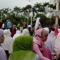 Photo taken at SMA Sutomo 1 Medan by Tengku Lili N. on 8/8/2013