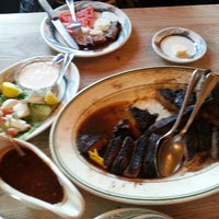 Photo taken at Peter Luger Steak House by Yereum K. on 1/26/2013