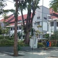 Photo taken at Sekretariat Daerah Kota Surabaya by Yohanes C. on 2/12/2014
