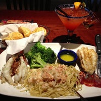 Photo taken at Red Lobster by Betty Boop♏️ on 3/18/2013