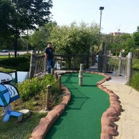 Photo taken at Congo River Miniature Golf by Dulce B. on 6/15/2013