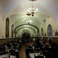 Foto tomada en Café de Tacuba por Rodrigo M. el 3/31/2013