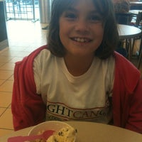 Photo taken at Baskin-Robbins by Myra G. on 12/15/2012