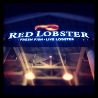 Photo taken at Red Lobster by Noe M. on 10/10/2012