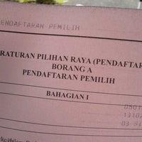 Photo taken at Post Office Klang by Syazwani M. on 10/13/2012
