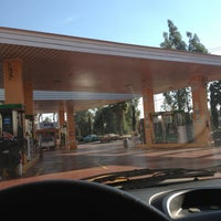 Photo taken at Rio Tuerto - Gasolinera by Kat D. on 2/3/2013