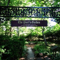 Photo taken at Highland Park Poet's Garden by Matthew R. on 6/6/2015