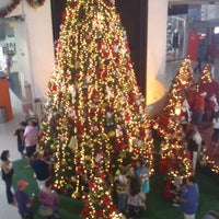 Photo taken at Araçatuba Shopping by Rafaela D. on 12/15/2012