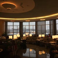 Photo taken at United Club by Mike S. on 7/8/2015