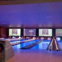 Photo taken at Lucky Strike Miami by Lee S. on 4/5/2013