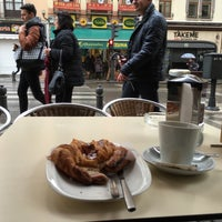 Photo taken at Cafetería Lisboa by hicheese on 12/29/2015