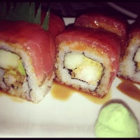 Photo taken at Sushi Itto by Imara S. on 11/21/2012