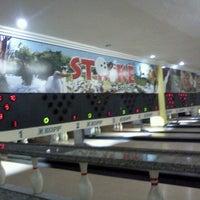Photo taken at Strike Boliche & Karaoke by Juliano D. on 3/30/2013