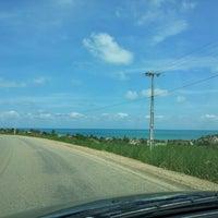 Photo taken at Praia Azul by Edu T. on 1/26/2013
