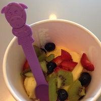 Photo taken at Menchie's Frozen Yogurt by Nathan H. on 6/23/2013