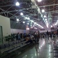 Photo taken at Aeroporto Internacional de São Luís / Marechal Cunha Machado (SLZ) by Cátia R. on 11/2/2012