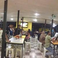 Photo taken at Waroeng Steak & Shake by Adhi R. on 8/13/2016