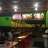 Photo taken at Ayam Penyet Wong Solo by Hanim H. on 1/9/2016