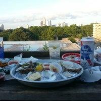 Photo taken at Six Feet Under Pub & Fish House by Tony B. on 6/11/2013
