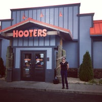 Photo taken at Hooters by Nurhan D. on 7/8/2013