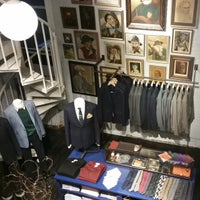 Photo taken at Jack Spade by Vicario Brensley P. on 9/29/2014