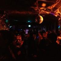 Foto tomada en 42nd Street Bar & Coffee por Ricardo M. el 11/2/2012